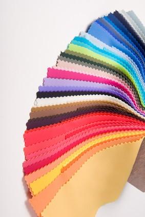 Un nuancier couleurs nécessaire à votre relooking