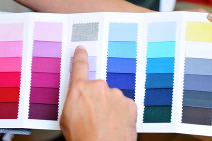 recherche de couleurs lors des aeliers relooking beauté